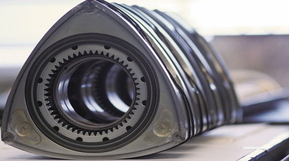 بررسی فنی عملکرد موتورهای ونکل یا دورانی
