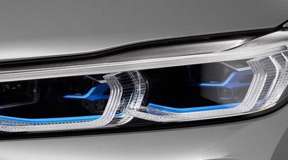پیشرفت تکنولوژی ساخت چراغ جلو خودروهای لوکس